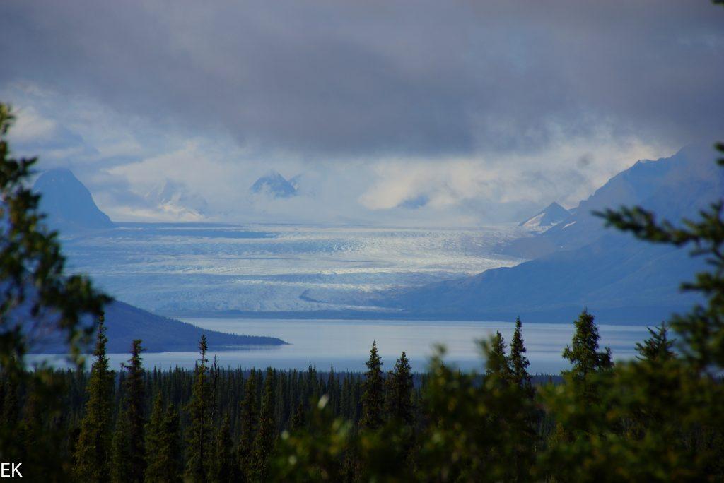 Die Berge werden sichtbar