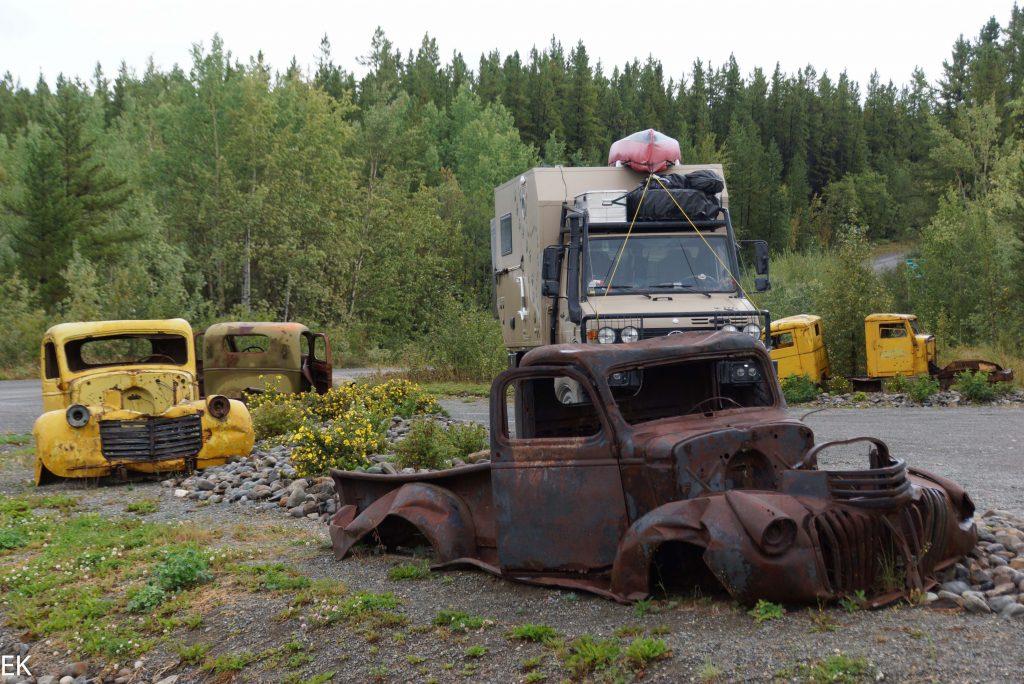 Militär-Trucks unter sich...