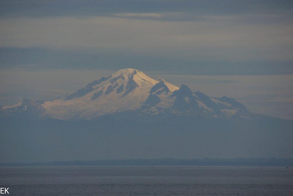 Ein eidrucksvoller Berg in Washington State. Wäre der hausberg von Vancouver, läge er nicht in den USA