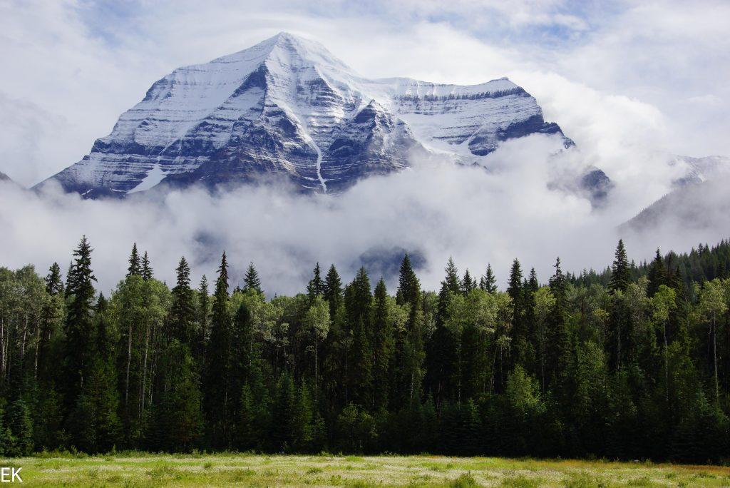 """Mount Robson """"oben ohne"""""""