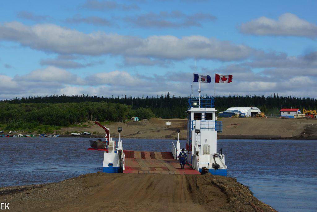 Seilfähre über den Peel River