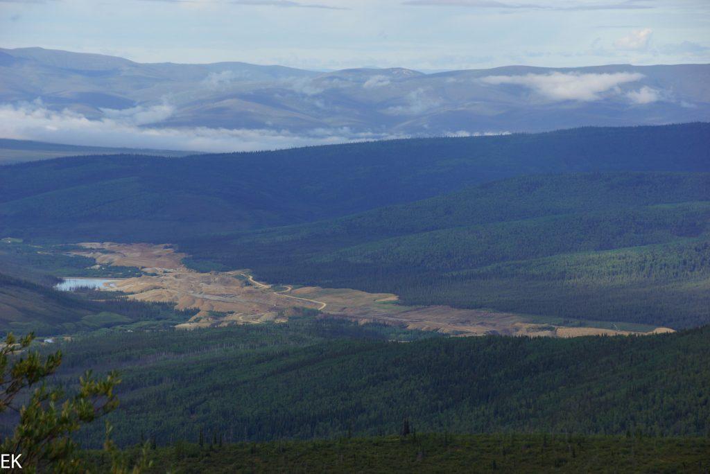 Bonanza Creek Goldfälder, gesehen vom King Solomon Dome