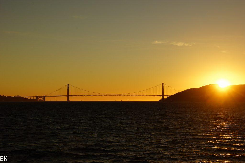 GGB und Sonnenuntergang